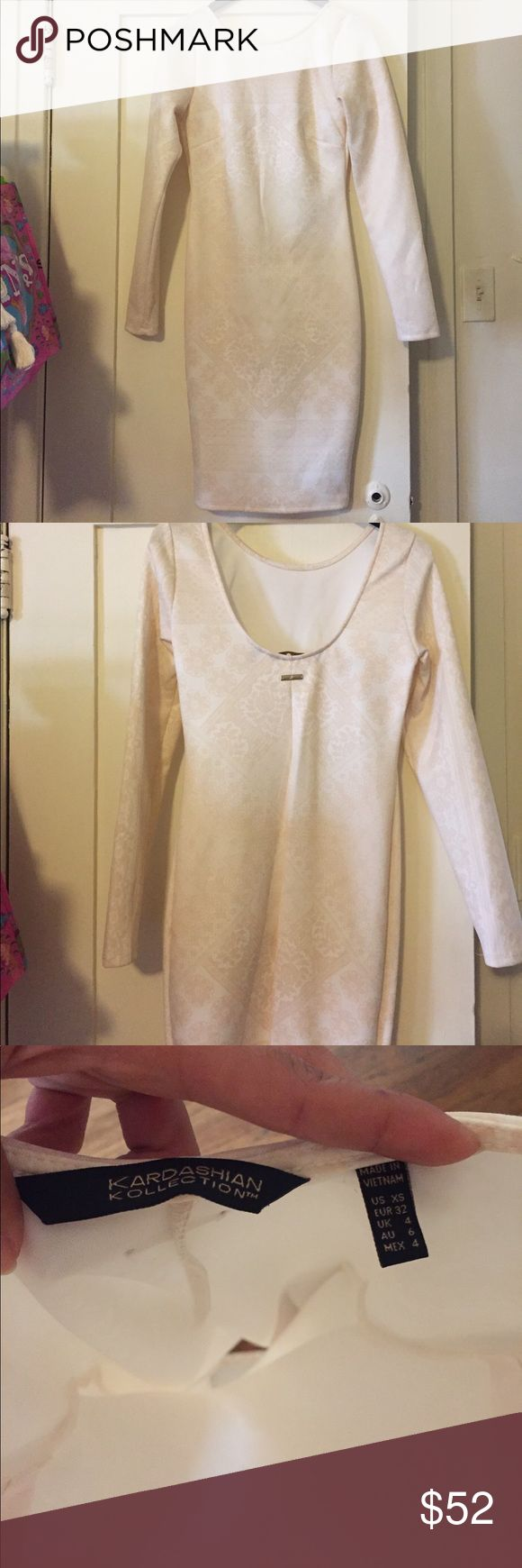 Kardashian Kollection dress 😻 NWOT !!! 💕Long sleeve Kardashian Kollection Ivory dress. XS Kardashian Kollection Dresses Long Sleeve