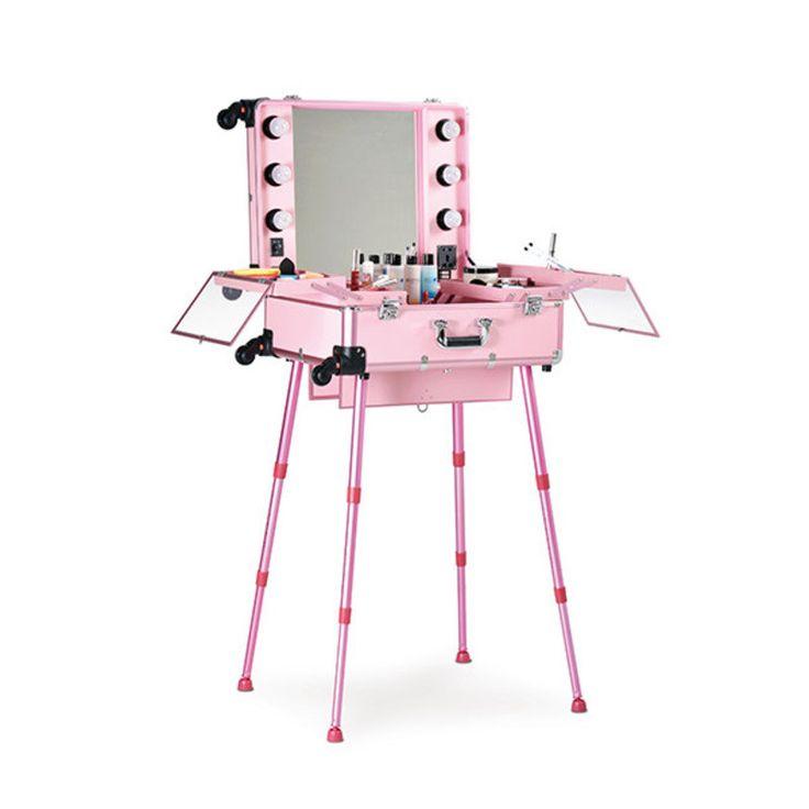 Maletín de maquillaje portátil con ruedas para un cómodo transporte.