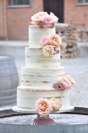 Tendencias en pasteles de bodas: Cuatro pisos de superlativo sabor y un look increíble para estos pasteles de boda semi-desnudos de naschwerk&co.