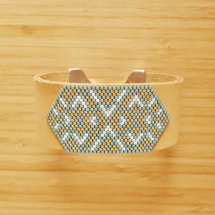 Manchette Incas Aqua cuir et tissage perles Miyuki, fermoir plaqué Argent : Bracelet par ccedille-bijoux