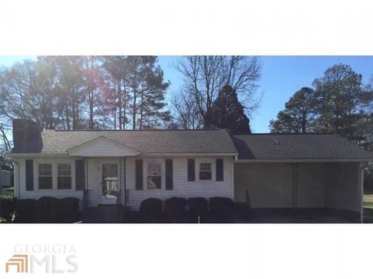 Adorable 3 Bedroom 15 Bath Home This Has Been Well Maintained It