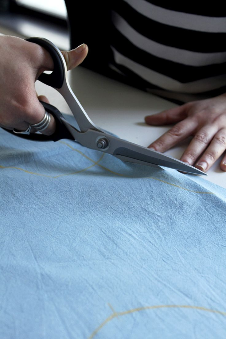 This week we have started working with the lighter shade of Indigo.