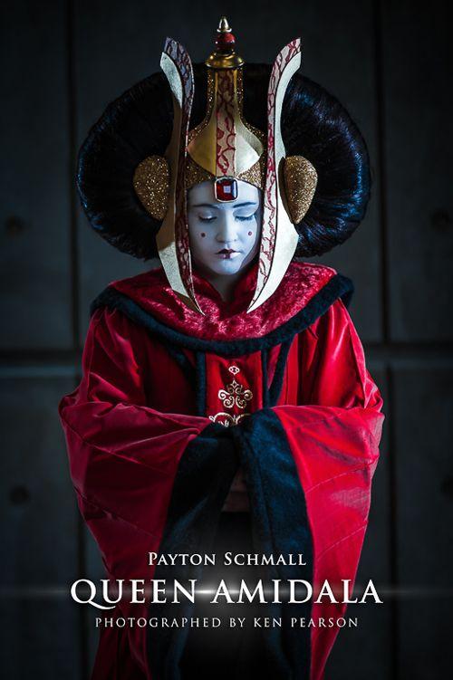 Payton Schmall als Queen Amidala