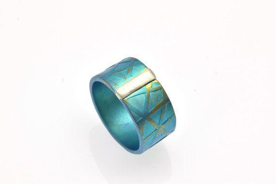 Alternative #PromiseRing, Anodized #Titanium Ring, Unique #EngagementRing, Unique #Green Ring, #Unisex Giampouras Collections €87.50