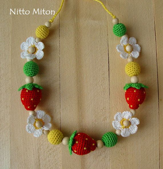 Crochet Nursing necklace Wooden teething necklace