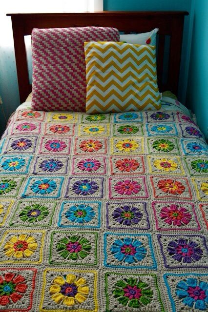 Absolutely love the colours in this blanket. I love grey! Goes with everything. summer blooms simply crochet 20 patt 4.00www. nickitrench.com