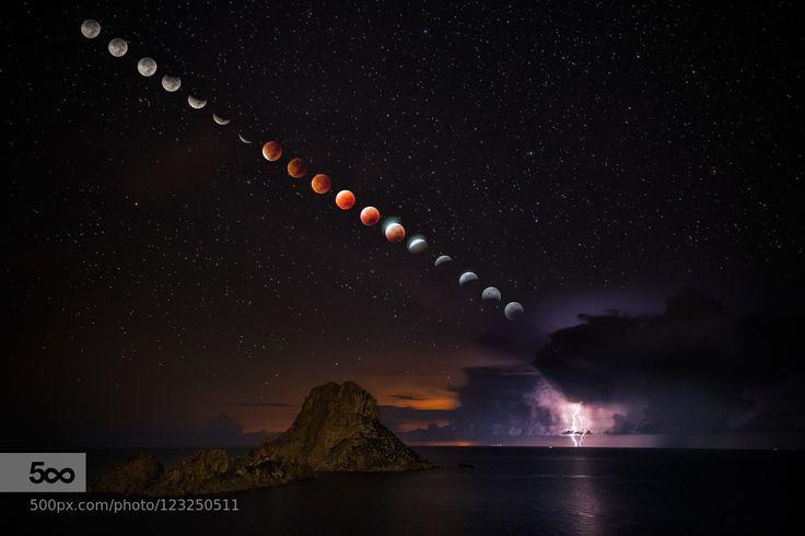 Blood Moon by JoseHervas