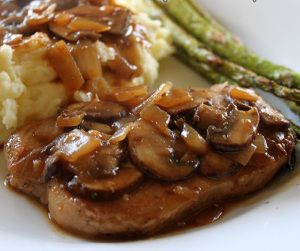 Slow cooker pork chops with mushroom gravy