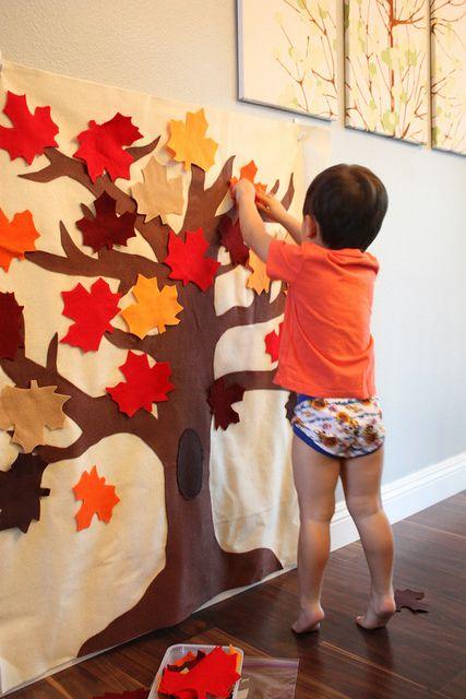 DIY Fall Felt Play Board Everybody makes a new leaf each Thanksgiving.