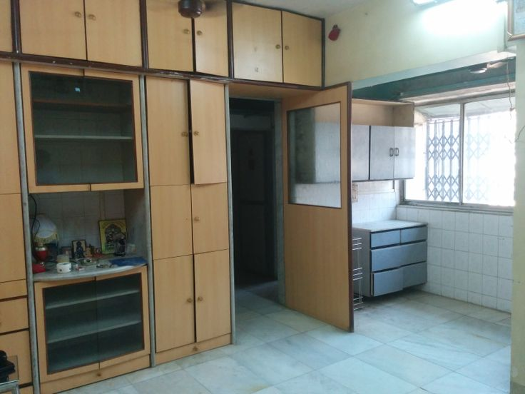 ****ID019**** - 1BHK ( Compact) - 5 Mins Walk from College, (Near Mc Donalds) - Semi furnished - Asking 28K, Target price 25K