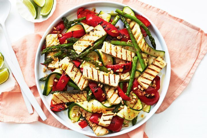 Barbecued veggie salad with lime and pepper haloumi