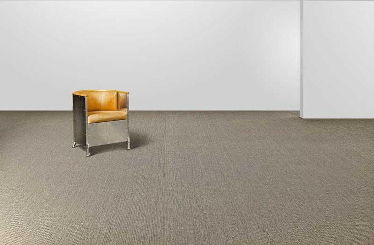 NOUVEAUTÉS !   Sol souple Bolon BKB - Sisal Plain Sand  Dans l'esprit de tous, le BOLON est forcément un BKB, une valeur sûre dans la gamme des sols en vinyle.    Ce revêtement de sol possède un tissage et une structure qui rappellent directement les tapis en sisal. Cette sensation textile se retrouve décliné en une large palette de nuances chaudes et harmonieuses.    Le sol BKB redonne de l'éclat à votre intérieur et vous permet d'avoir un sol tendance.