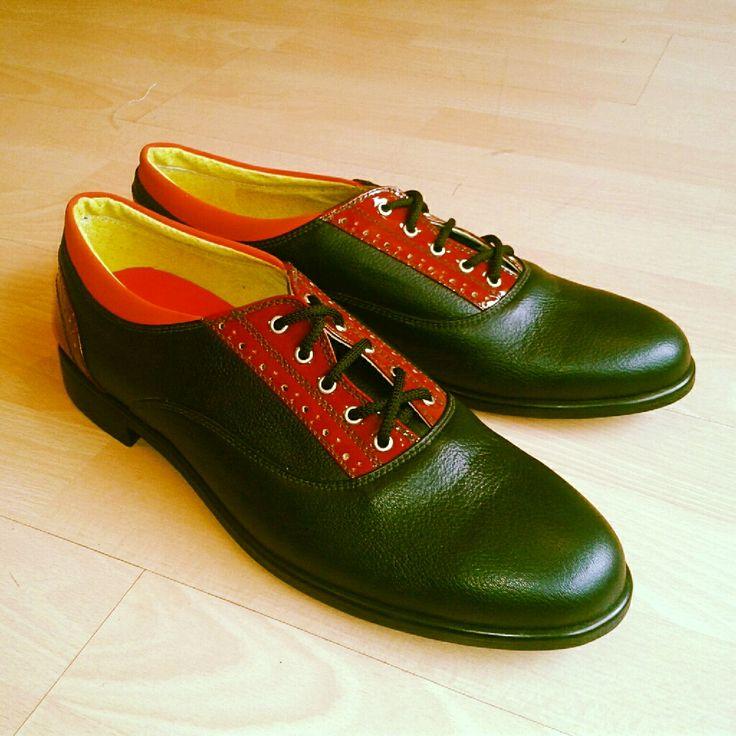 Classic + modern. Men shoes.