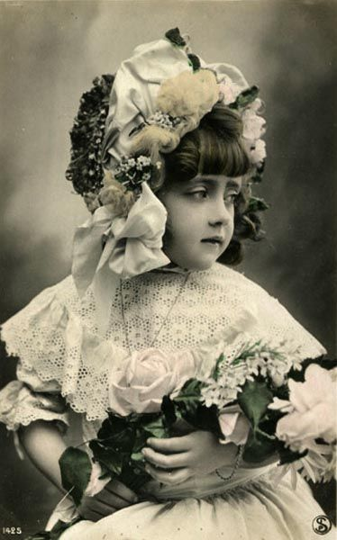 bumble button: Antique & vintage photograpic painted and tinted postcards of sweet darling children free clip art