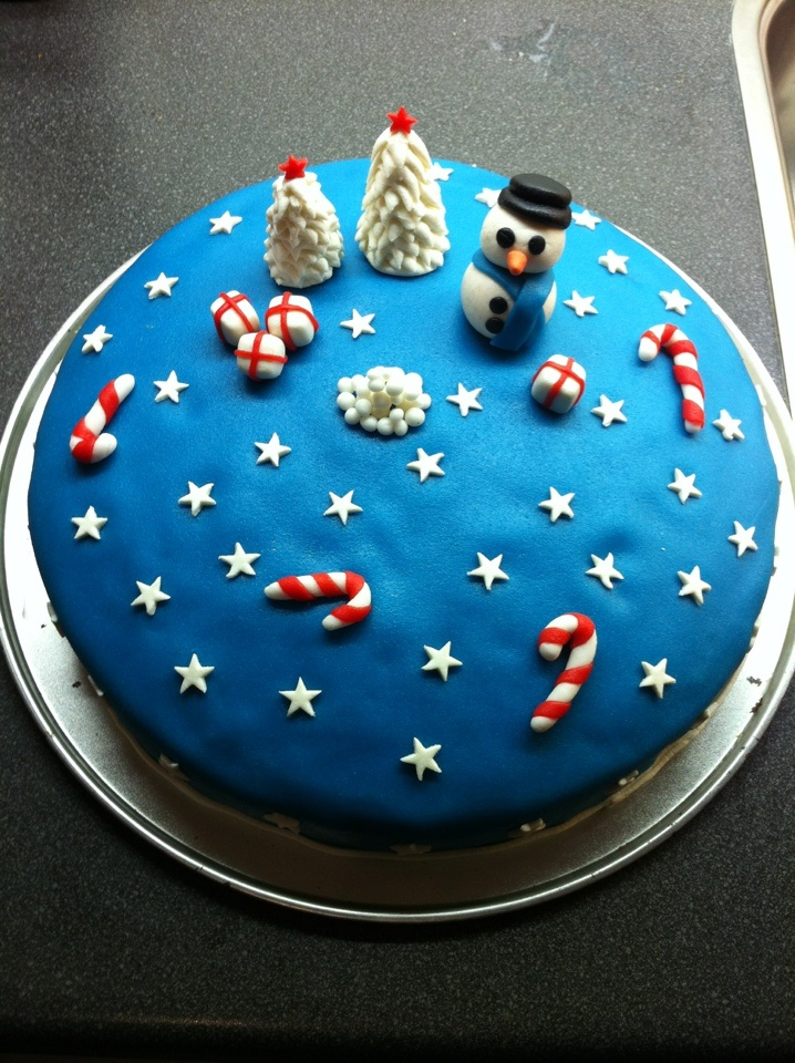 Winter fondant cake