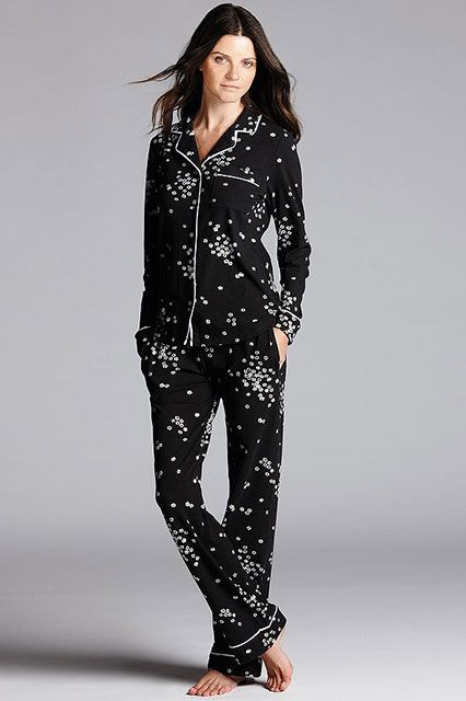 30 Perfect Pairs Of Pajamas For Your Next Netflix Marathon #refinery29  http://www.refinery29.com/cute-fall-pajamas#slide-27