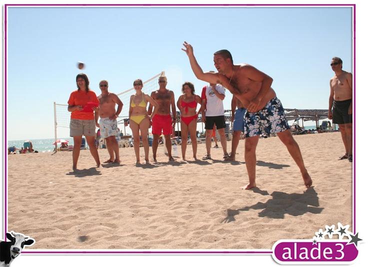 Juegos de Playa. Petanca. Animación Turísitica www.alade3.es