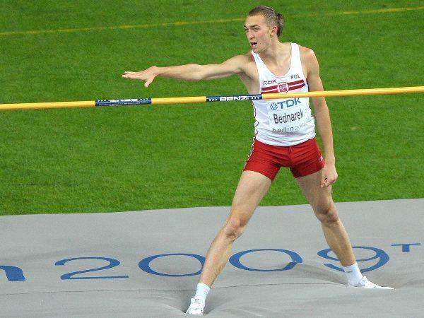 Sylwester Bednarek - urodzony w Łodzi lekkoatleta, specjalizujący się w skoku wzwyż, jest zawodnikiem RKS Łódź, zdobywca brązowego medalu na Mistrzostwach Świata 2009. #sportowelodzkie
