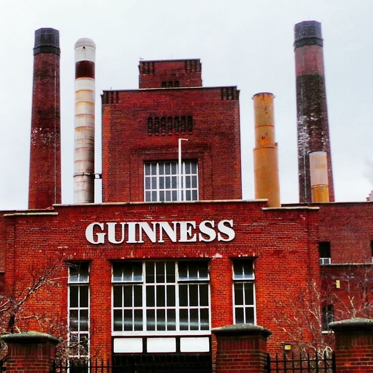 Guiness Factory in Dublin.. #guiness #guinessfactory #alcohol #tour #touristattraction #bricks #brickwork #guinessstorehouse #hops #industrial #architecture #distilling #brewery #landmark #brand #building #history #historic #heritage #famous #pubs #ireland #dublin #travel #traditional