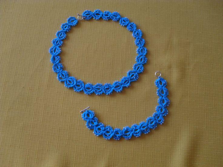frivolitkový náramek a náhrdelník kombinace s korálky