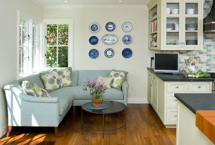 small sitting room kitchen traditional with blue and white china dining sets