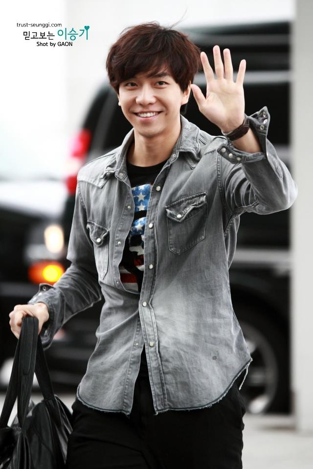 Lee Seung Gi - always smile, noonas like!