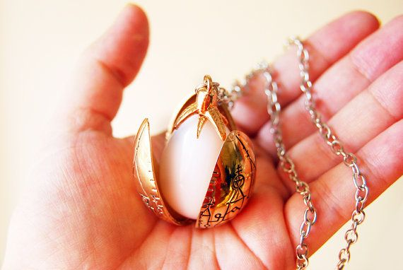 Harry Potter Cedric Diggory Triwizard Tournament golden egg, dragon egg locket, Harry Potter necklace jewelry