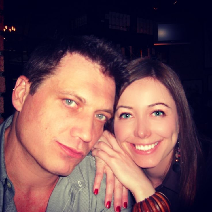 Holt McCallany and his girlfriend Nicole Wilson - Celebrity Relationships - Love - Actors - Actresses