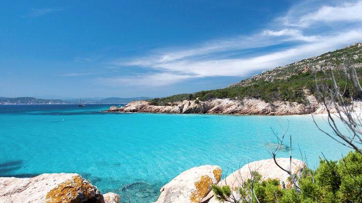 イタリアで最も美しい絶景ビーチBEST5