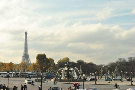 Culturefish! Tours: Panorama of Eiffel Tower & Place Concorde