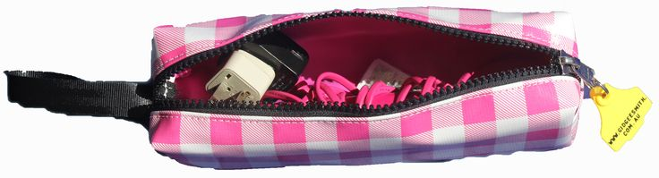 Hair Straigthener Case. Heavy duty PVC, Heavy Duty zip with your choice of oil cloth print