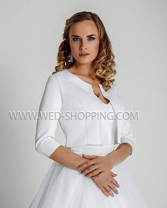 Simple And Elegant White Satin Sweetheart With Jacket: Best 25+ Bridal Bolero Ideas On Pinterest