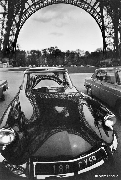 Marc Riboud - Eiffel Tower reflection on DS hood, 1964. ☚