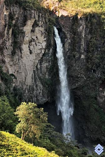 Salto del río Molinos, Caldas, Colombia