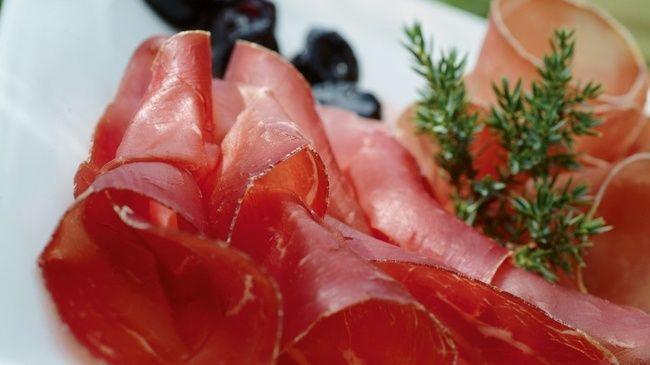 buenderfleisch.  perfect low-fat high-protein snack