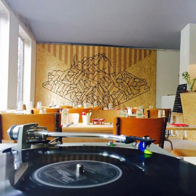17 best images about a drink in paris on pinterest for Garage ouvert la nuit paris