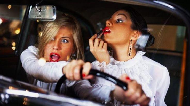 Доказано: женщины - лучшие водители, чем мужчины