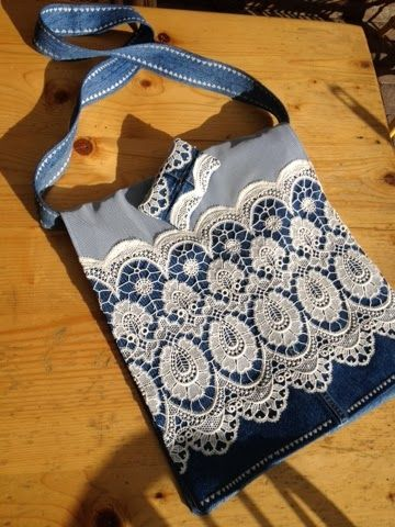 I made a jeans bag out of two pair of mens jeans and a lace curtain  365 dagen creatief: Waar ik zoal mee bezig was...