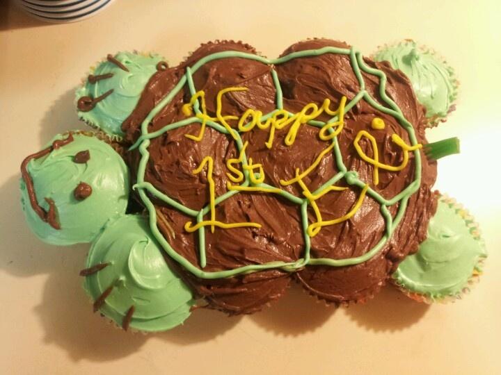Turtle pull-apart cake | desserts - cupcake cakes | Pinterest