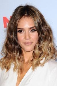 hair style for long faces 53 best new hairstyles images on 5809 | 20e5809d180045877dd52dcfdb6caddb jessica alba wave hair