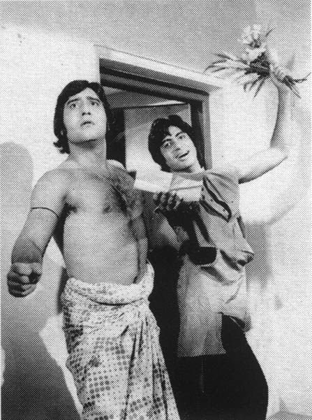 """once-upon-a-time-in-bollywood: """" Vinod Khanna and Amitabh Bachchan. """" yessss"""