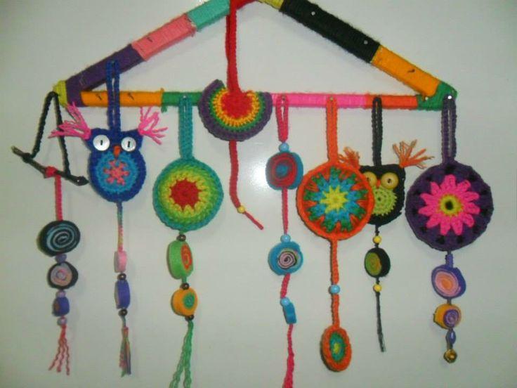 artesanías al crochet, mini mandalas y bookmarks