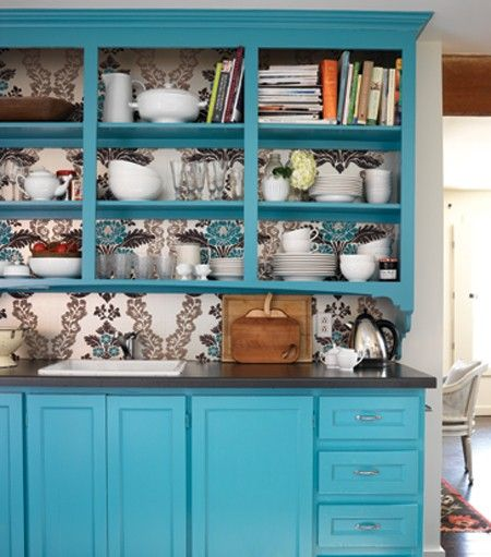 Turquoise cabinets.: Idea, China Cabinets, Turquoise, Colors, Shelves, Cupboards, Blue Kitchens, Wallpapers, Kitchens Cabinets