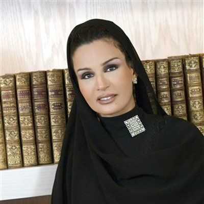 Qatari lady sexy naked picture, no sperm because of varicocele photos