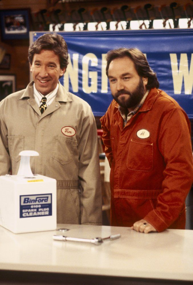 Tim Allen and Richard Karn in Home Improvement (1991)