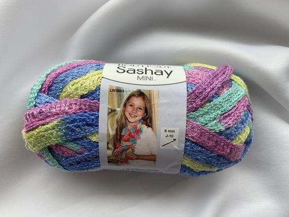 Yellow sashay yarn