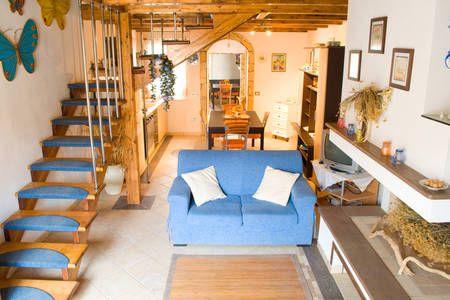 Dai un'occhiata a questo fantastico annuncio su Airbnb: thatsinis  casa pineta a San Vero Milis