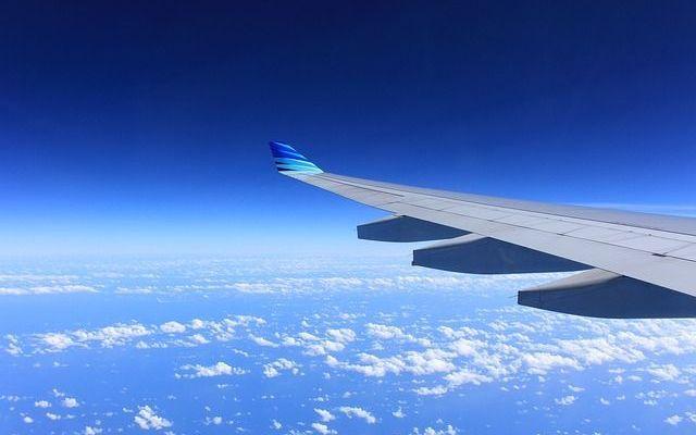 Come superare il Jet-Lag dopo un lungo viaggio all'estero L'estate è la stagione di viaggi e di vacanze! Ma anche il periodo ideale per programmare una vacanza studio all'estero. Ecco perché abbiamo pensato di darvi alcuni consigli utili per superare facilm #viaggi #jetlag #viaggiare #vacanze