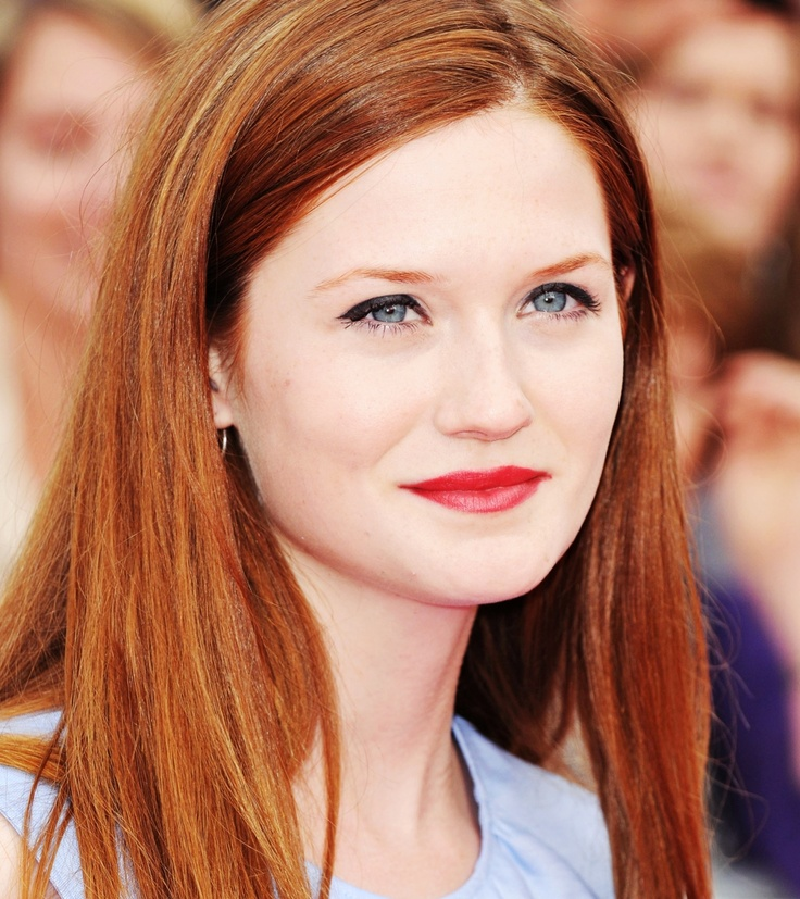 Bonnie Wright at the National Movie Awards (2011).