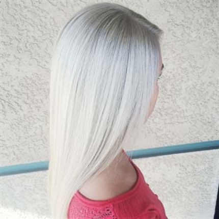 Toners: Root - Color Touch 8/81 + 1.9-volume , Lengths - Color Touch 9/16 mixed with 10/81 + 1.9-volume